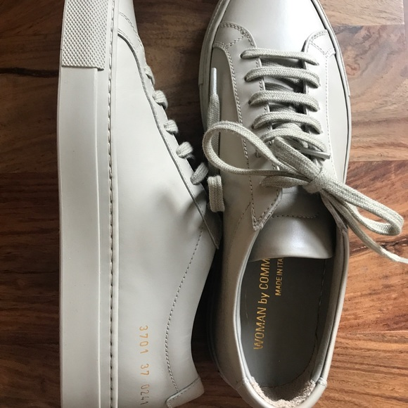 Common Projects Achilles Low Taupe